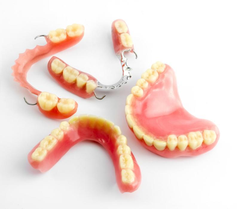 Partial and complete dentures | Dentist Vallejo CA