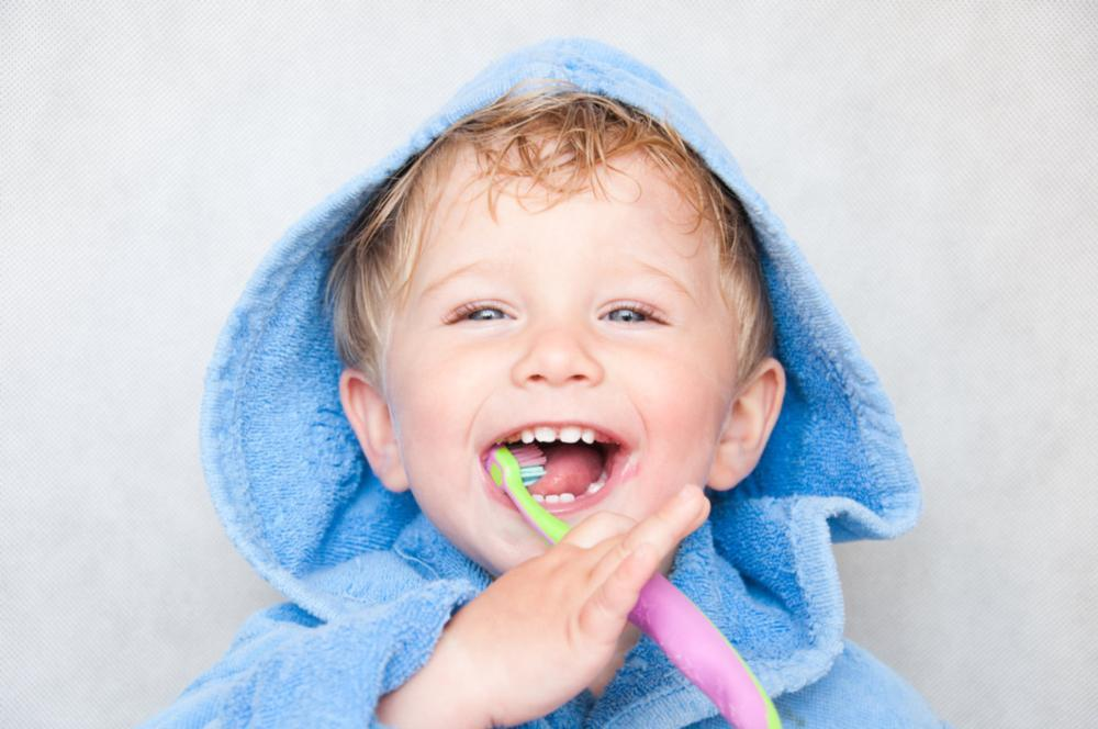 Young boy brushing teeth | Vallejo CA Dentist